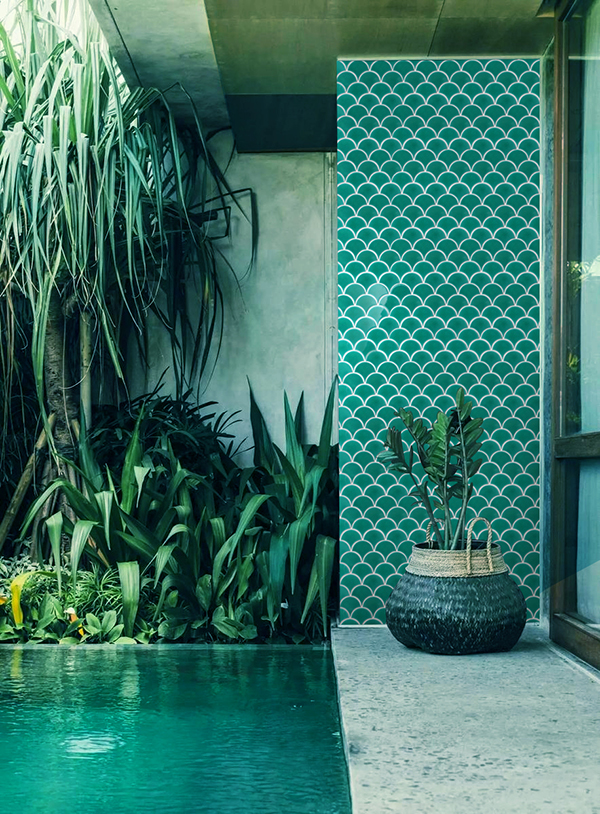 balcony using green mosaic tile for decoration.jpg