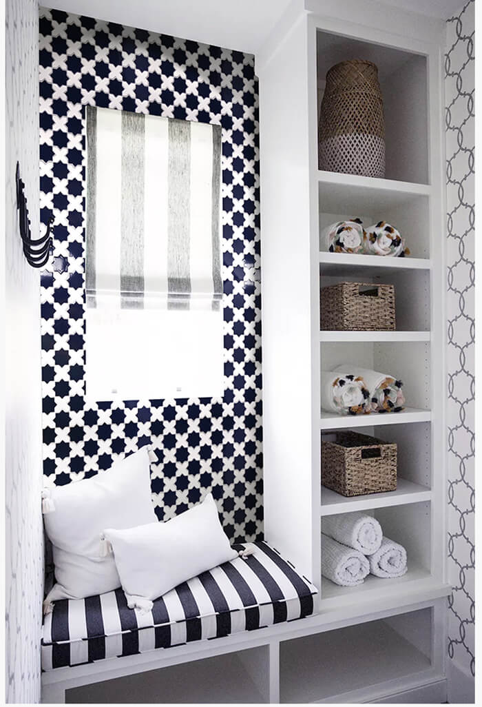install a feature wall with blue and white mosaic tiles star cross pattern.jpg